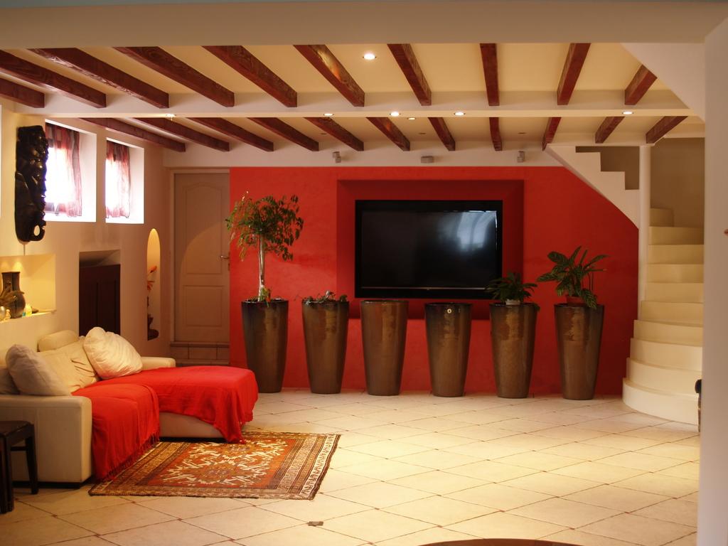 Photos pin dominique ile de france val d 39 oise louvres paris r gion parisienne - Salon de massage val d oise ...